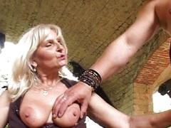 Granny tube porn videos
